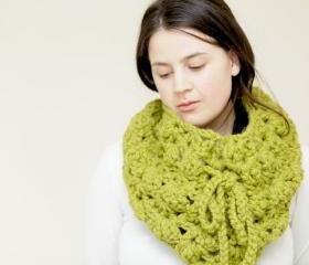 Crochet Cowl Cape - Lacey Crochet Cowl - Snood in Spring Green - The Porthcurnick